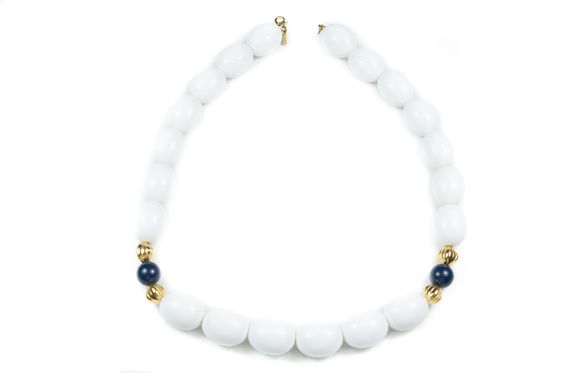 girocollo firmato monet perle bianche 1