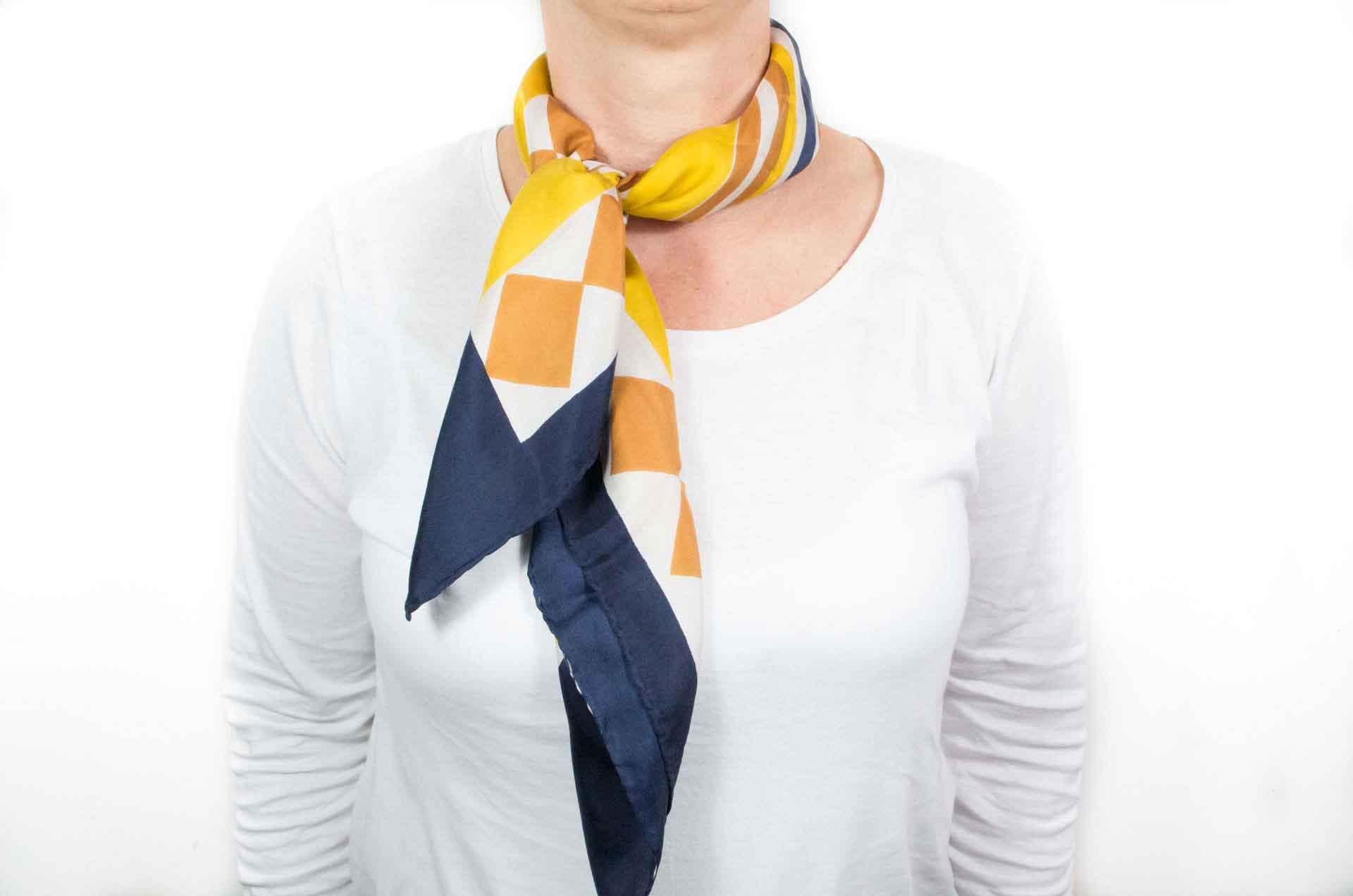 foulard pierre cardin jeunesse 5