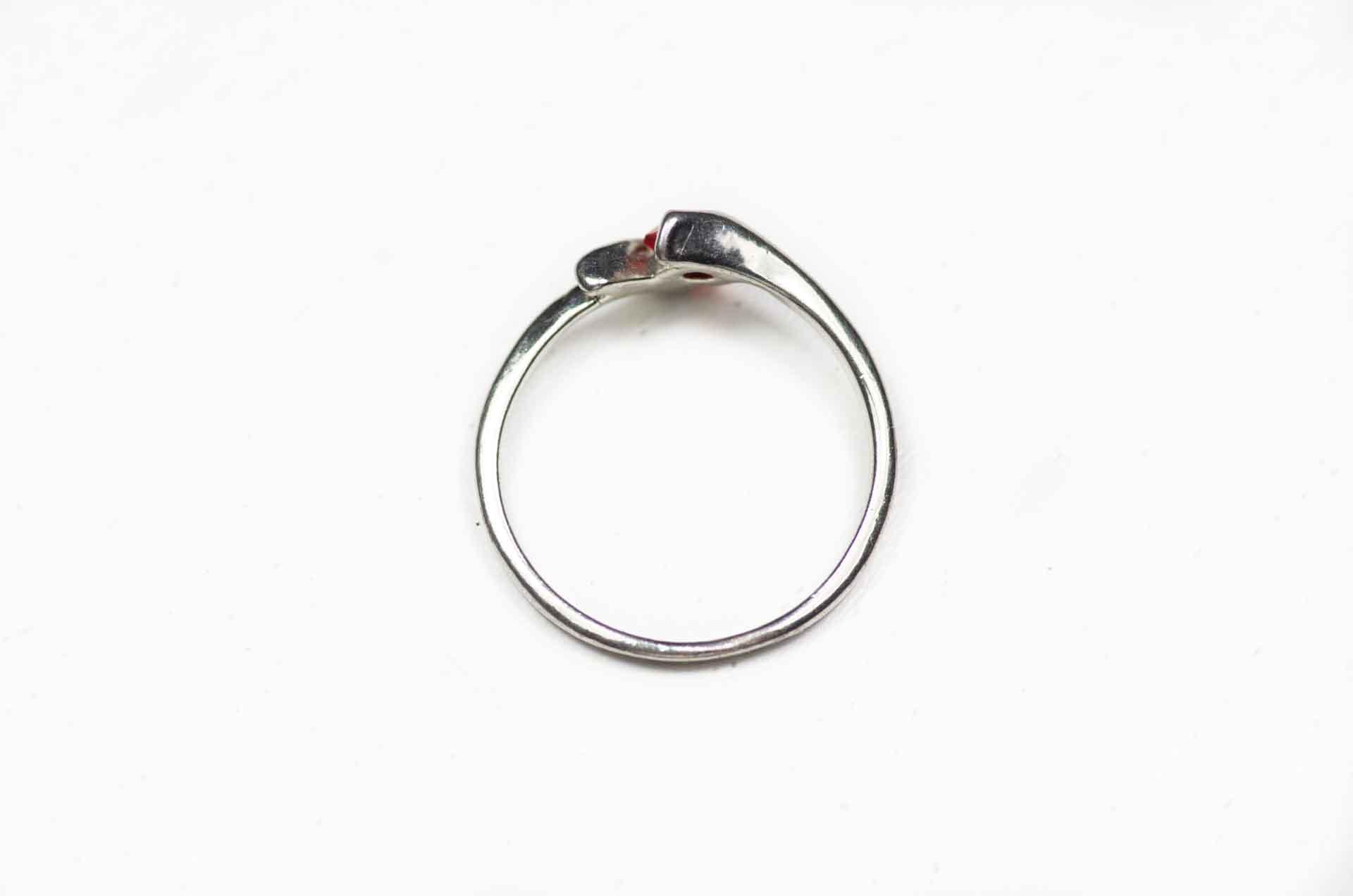 anello pietra rossa 1