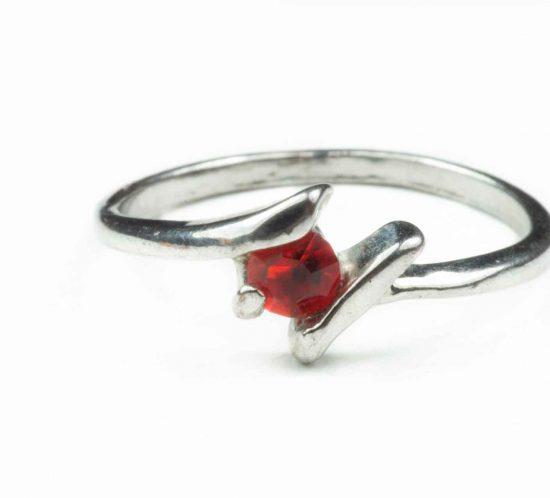 anello pietra rossa 2