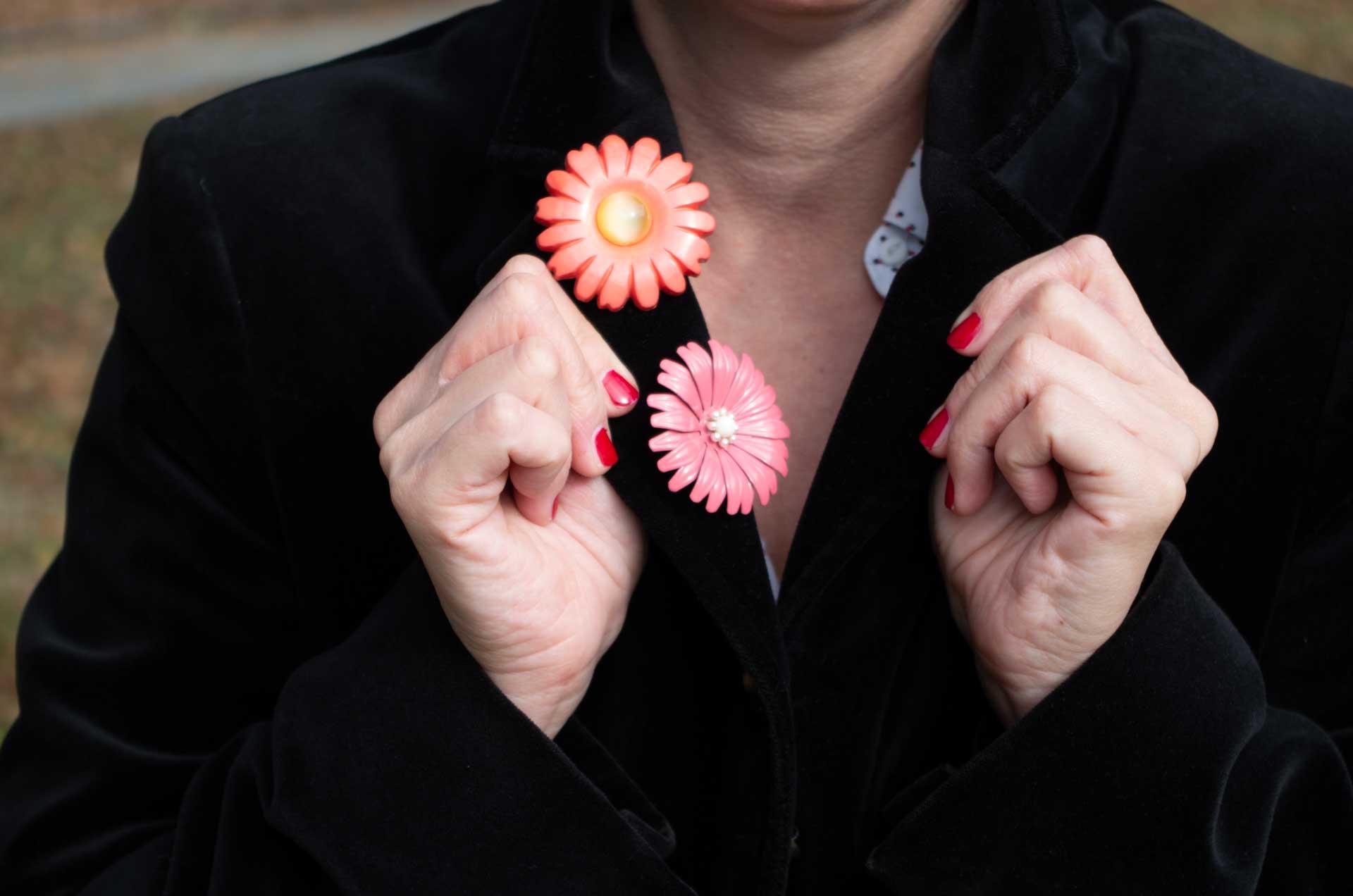 spilla fiore smalto rosa 13