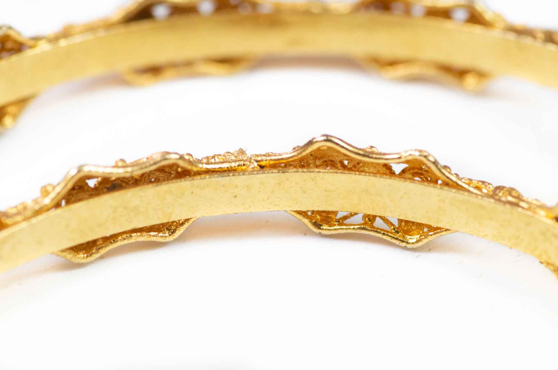 coppia di bracciali dorati 8
