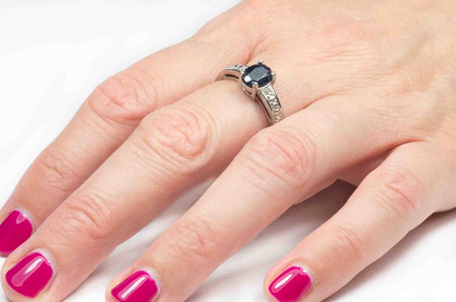 anello con ematite nera 6
