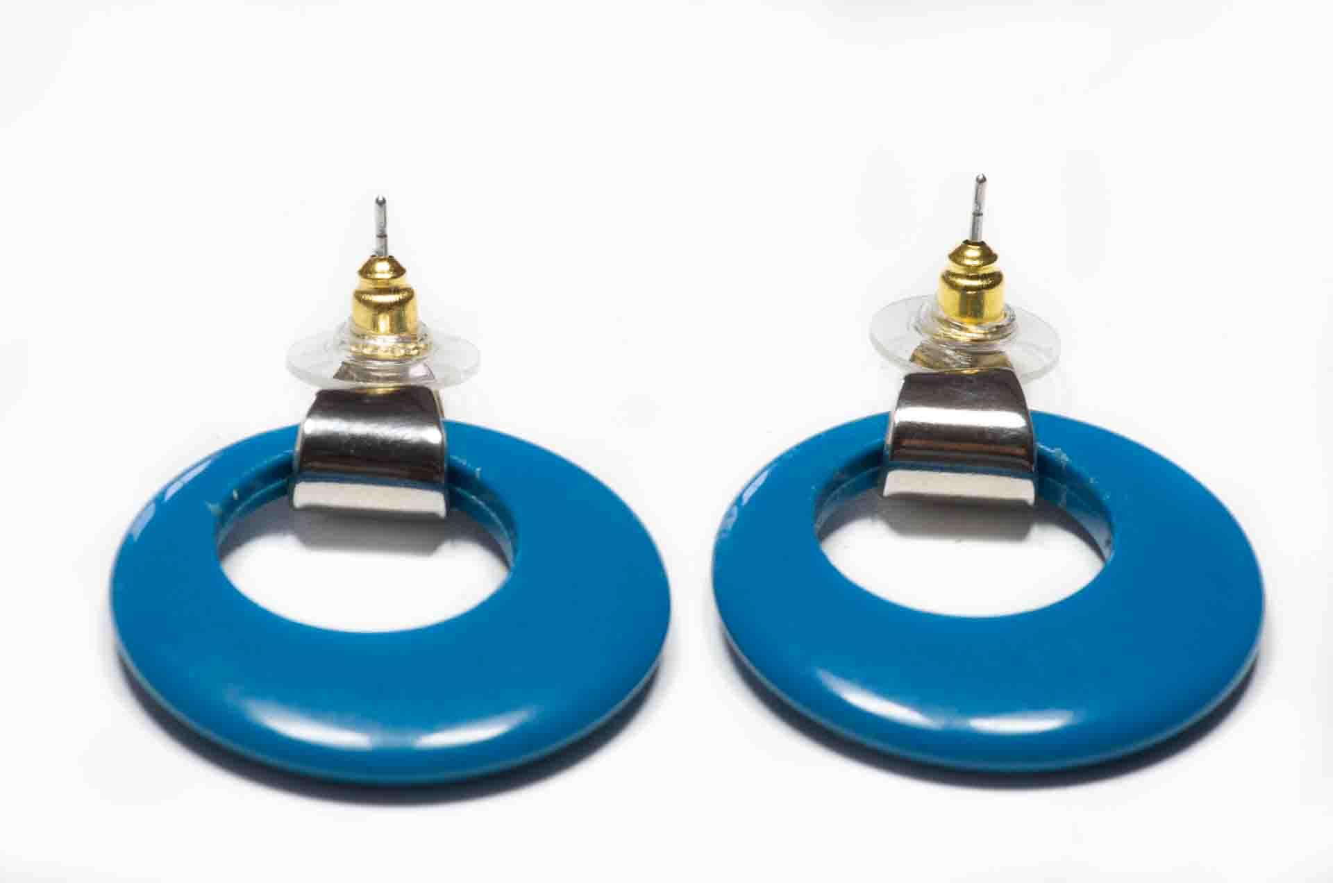 orecchini cerchio blu ottanio