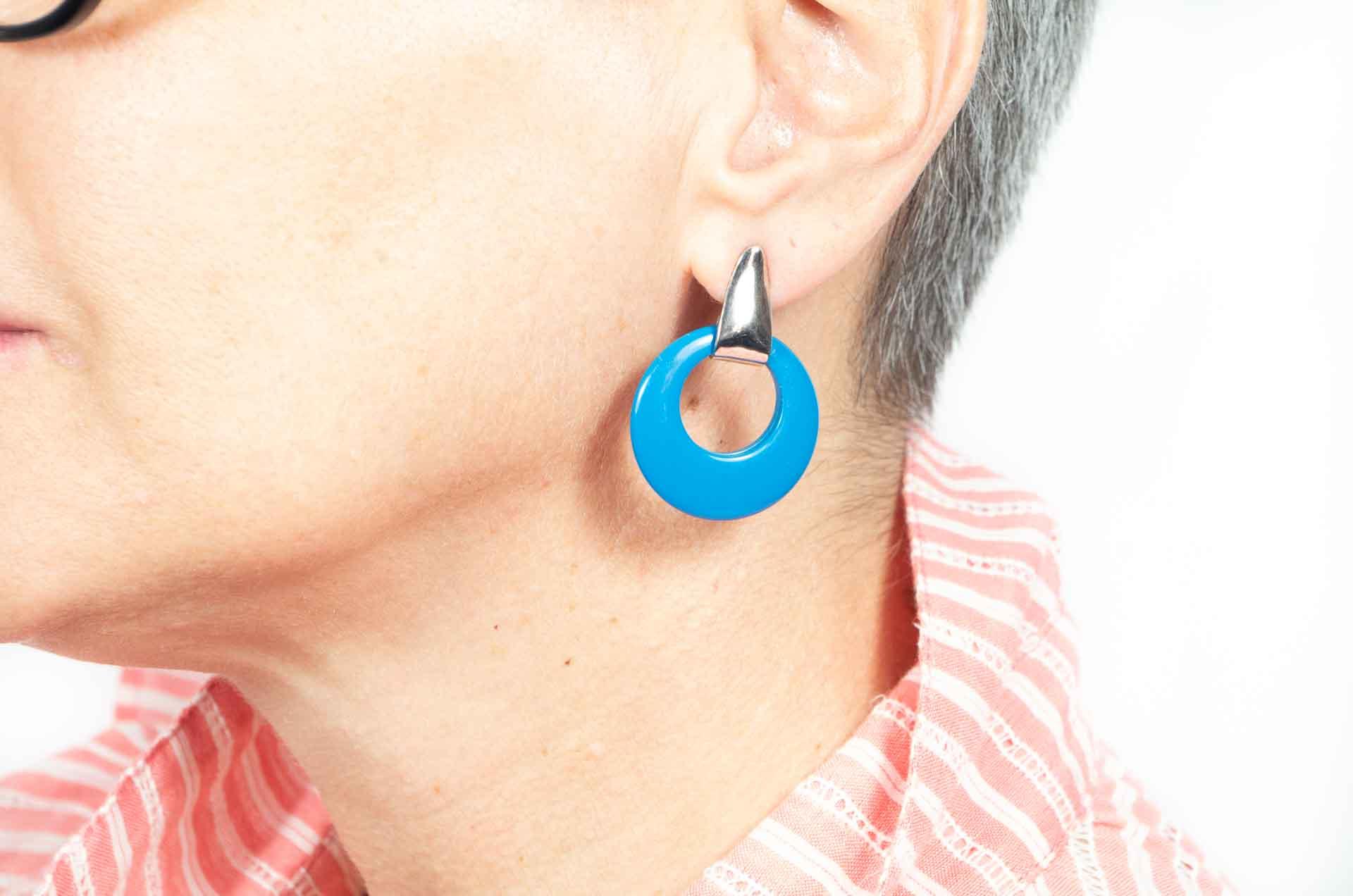 orecchini cerchio blu ottanio 7