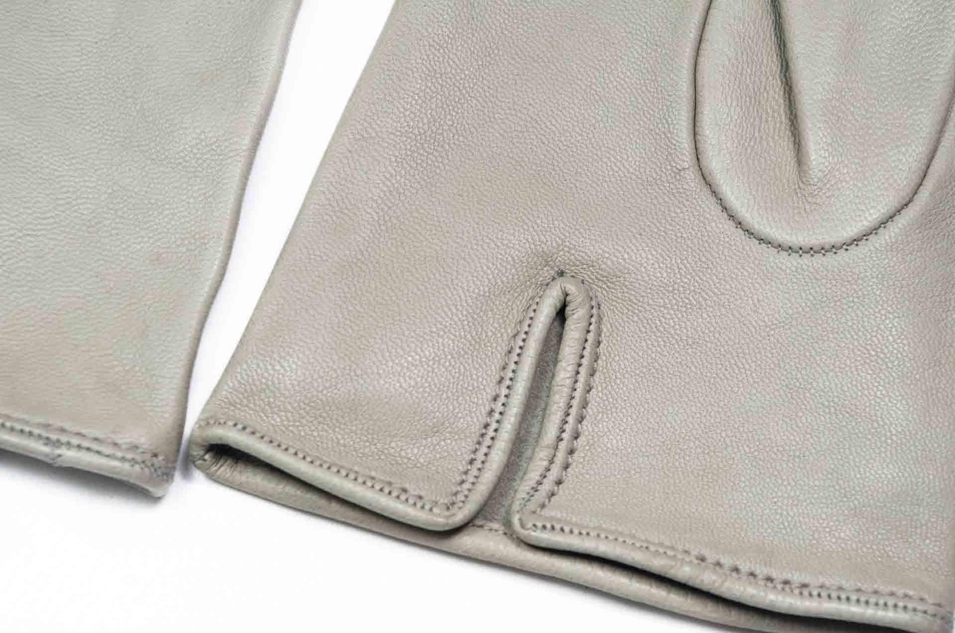 guanti in pelle grigi 3