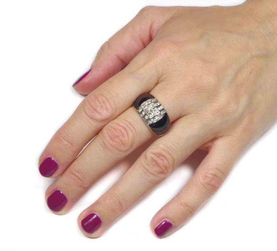 anello in smalto nero 8