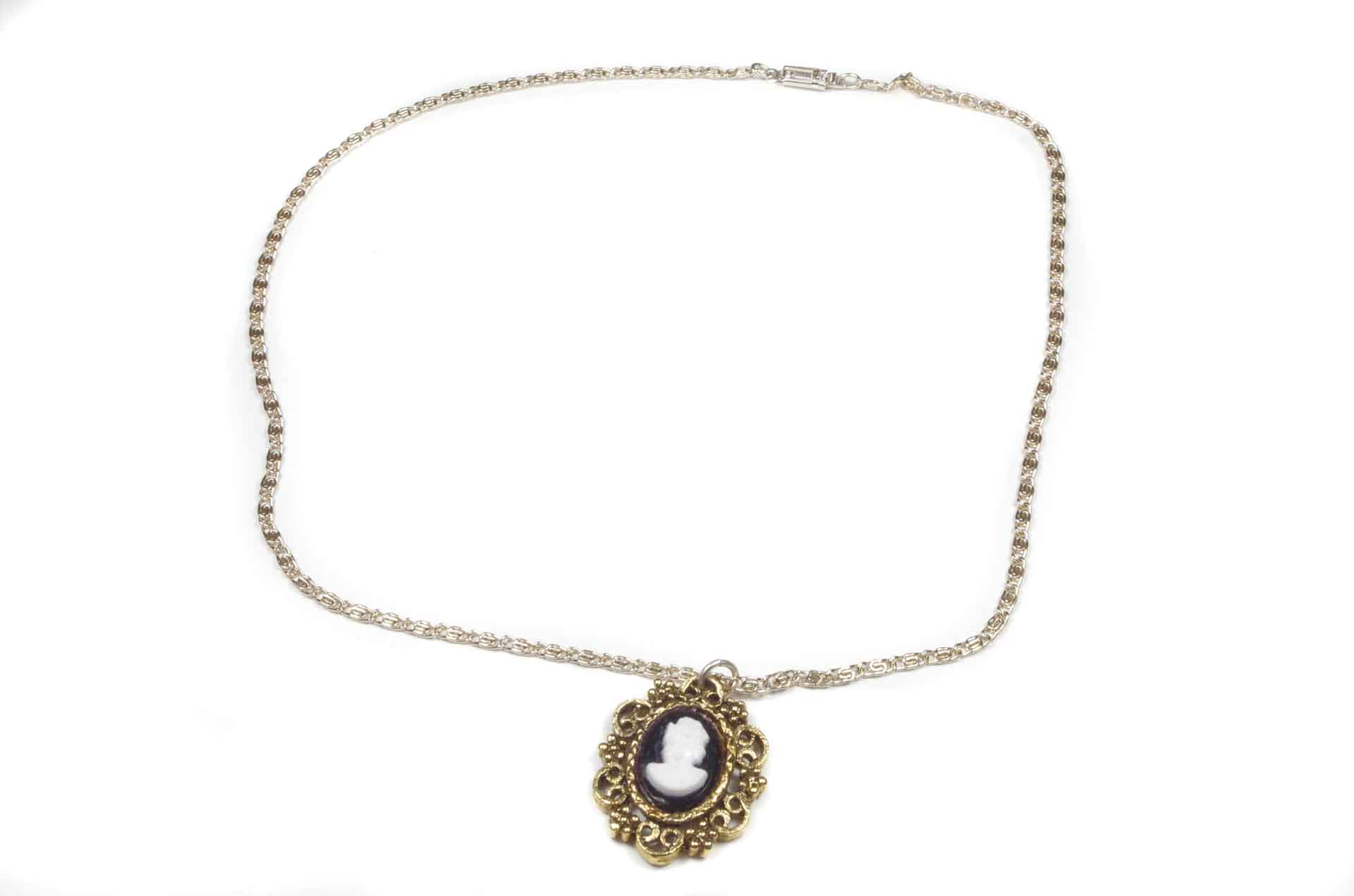 collana cammeo west germany 1