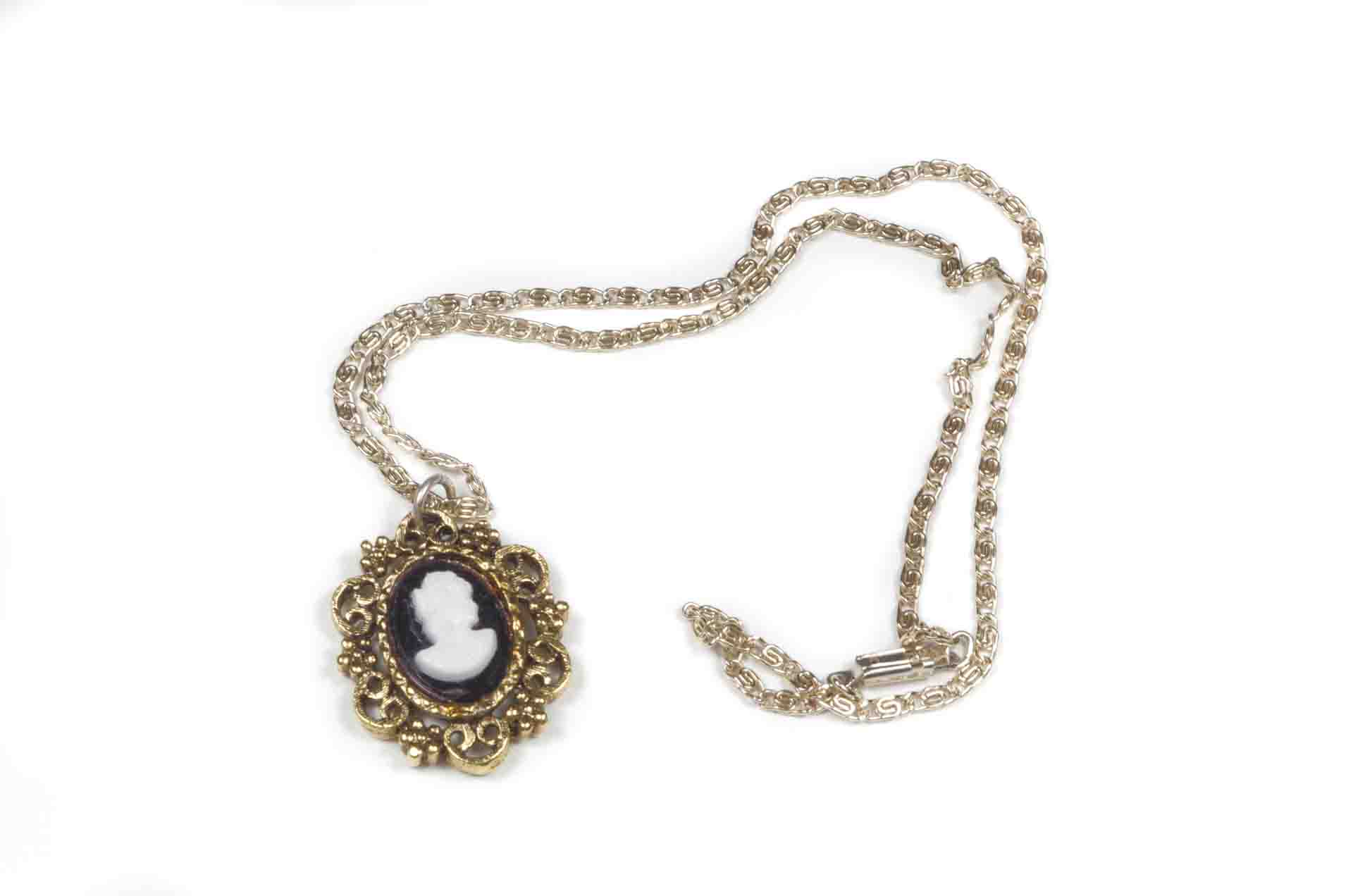 collana cammeo west germany 3