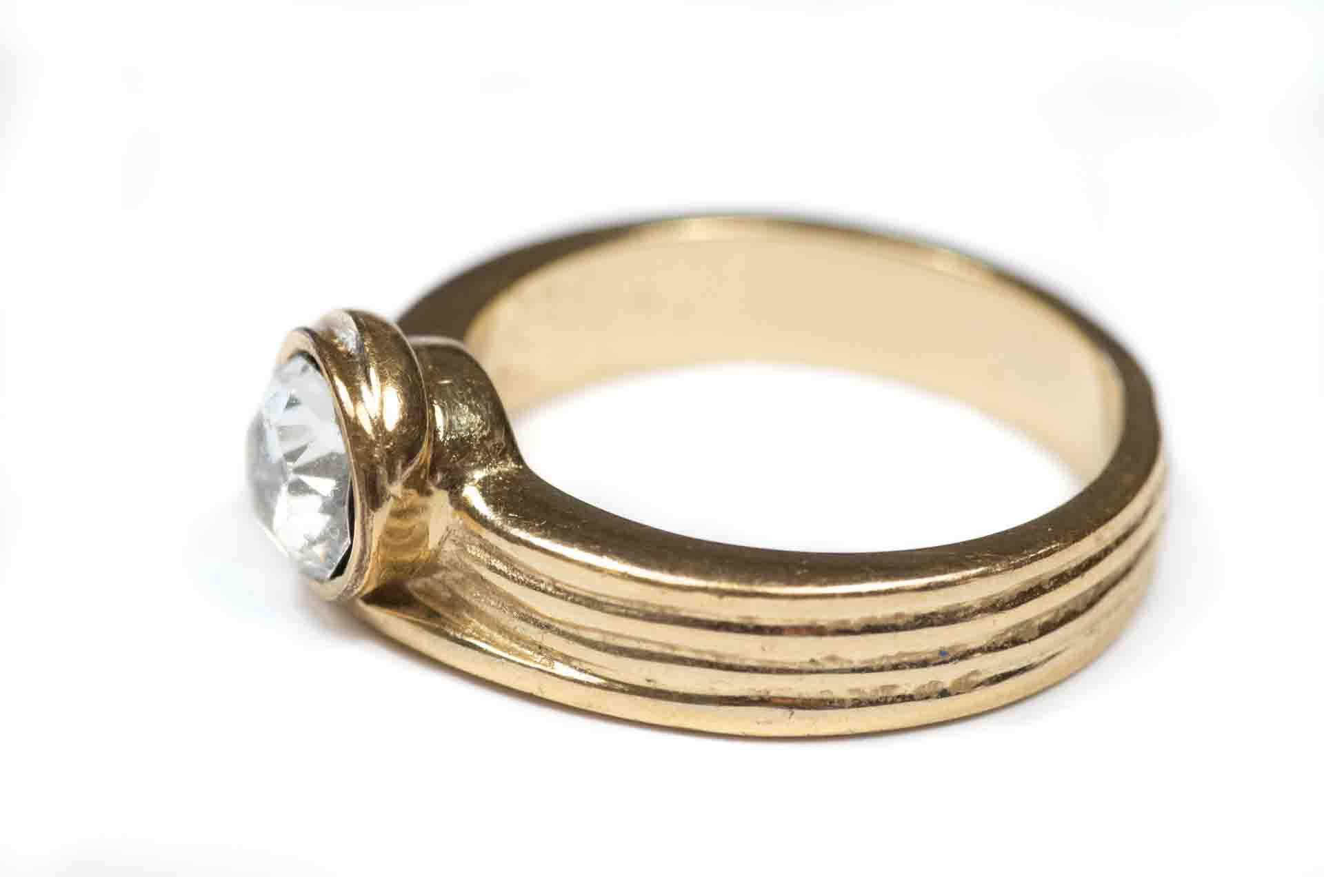 anello dorato 4