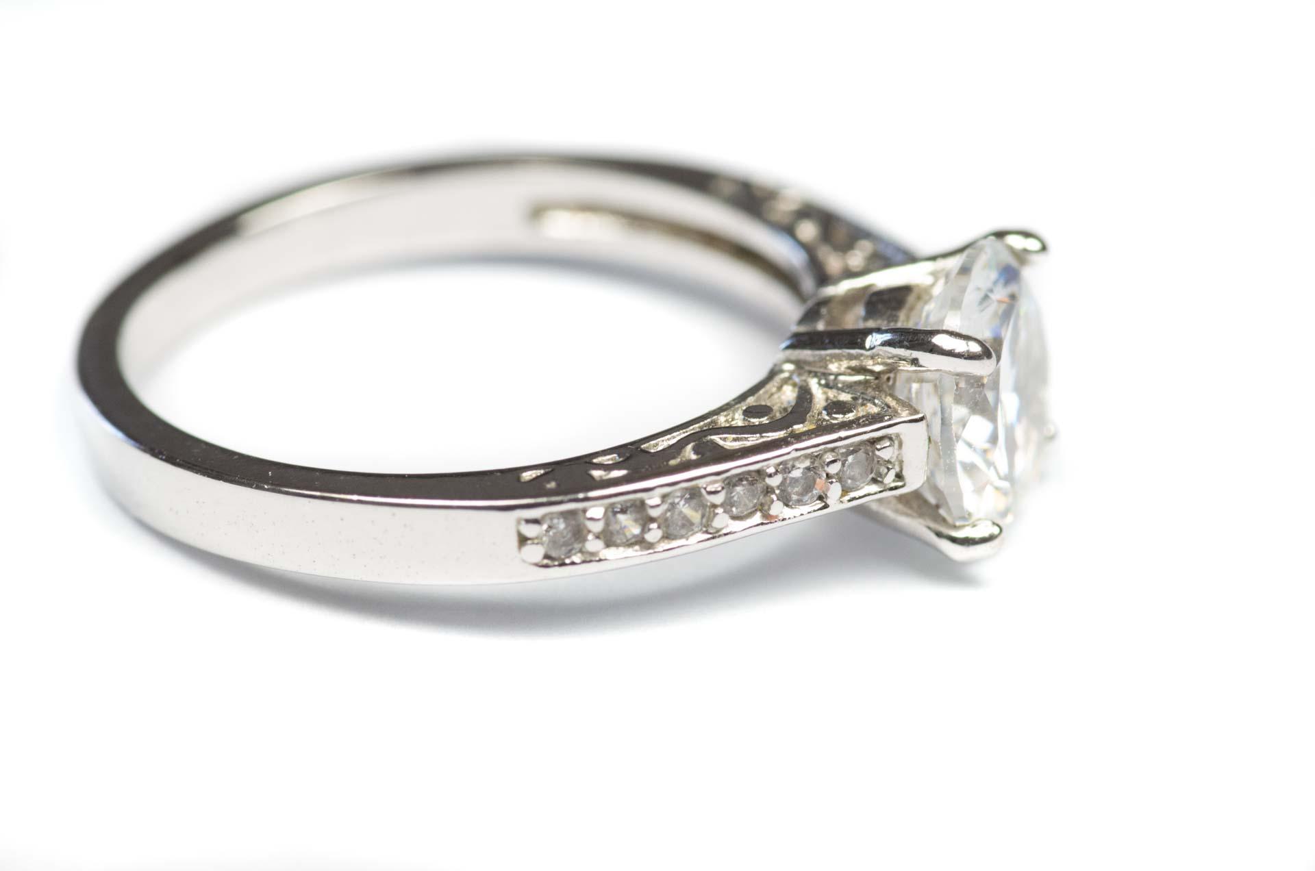 anello solitario 4